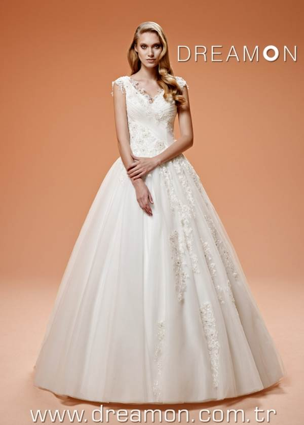 Snow DreamON Bridals